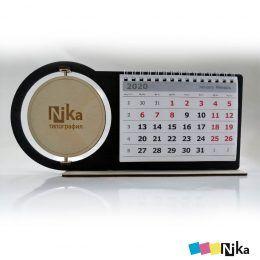 календарь настольный из дерева